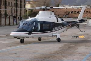 L'elicottero atterrato alle Sieci di Scauri ieri pomeriggio