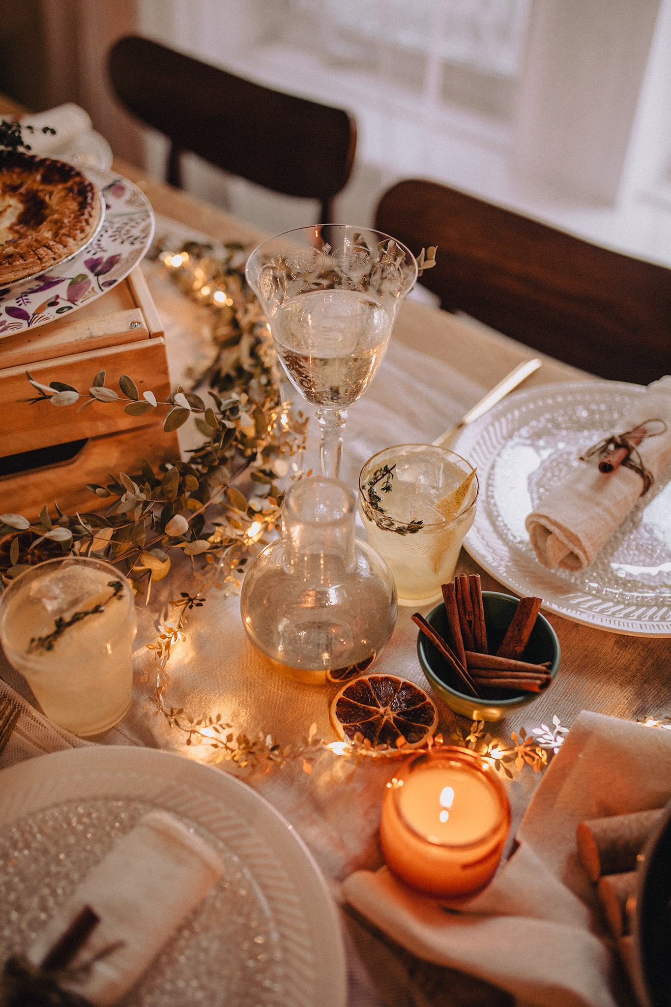 Christmas Table Ideas on a budget   In collaboration with 1 ou 2 Cocktails
