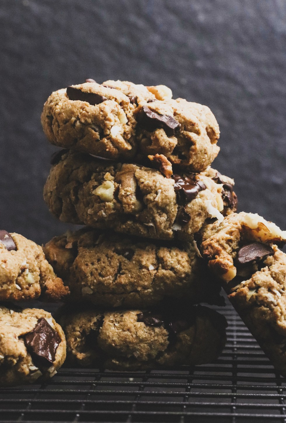 vegan coconut chocolate chip cookies