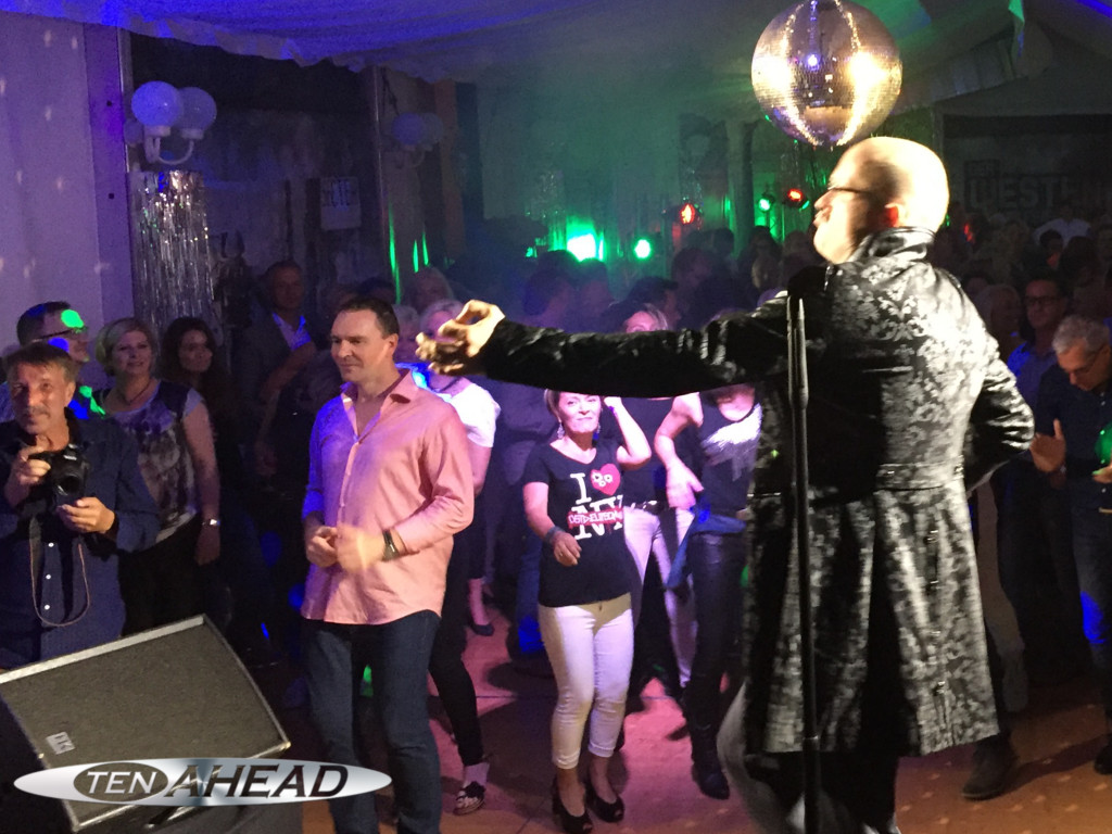 Liveband Koblenz, Partyband Köln, Showband NRW, Top40, Motto Ostdeutschland