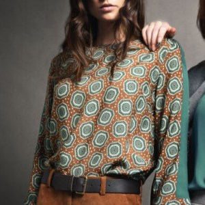 blusa schitta stampa esagonale e fascia