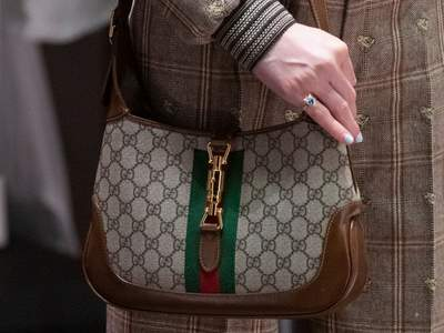 Selon Gucci, le Hobo est de retour pour l'automne 2020