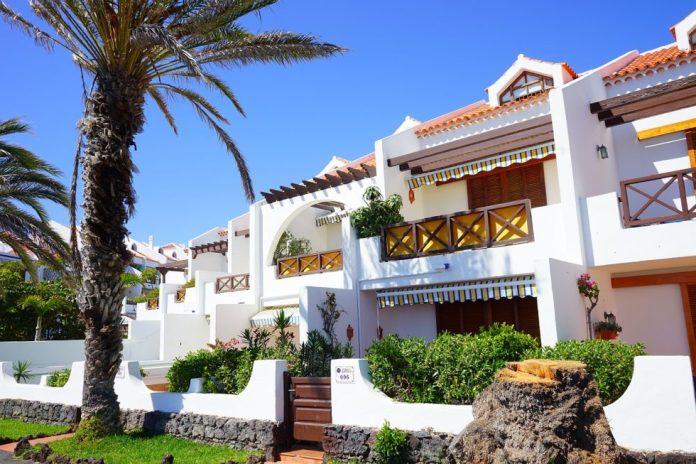 Dove alloggiare a Costa Adeje: i migliori hotel, residence, ville e appartamenti