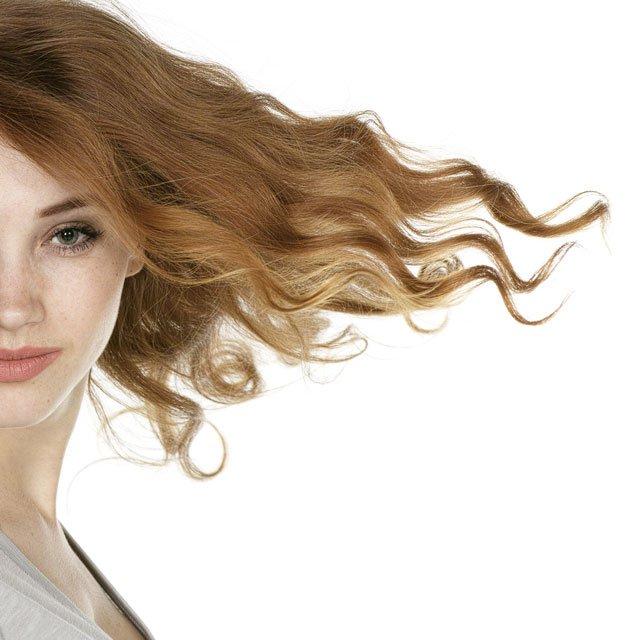 Conoce cómo combatir la alopecia femenina