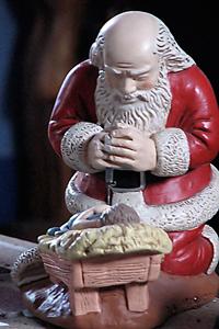 Santa adorando al Niñito