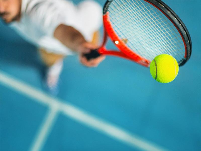 Academia de tenis en Estepona para jugadores senior