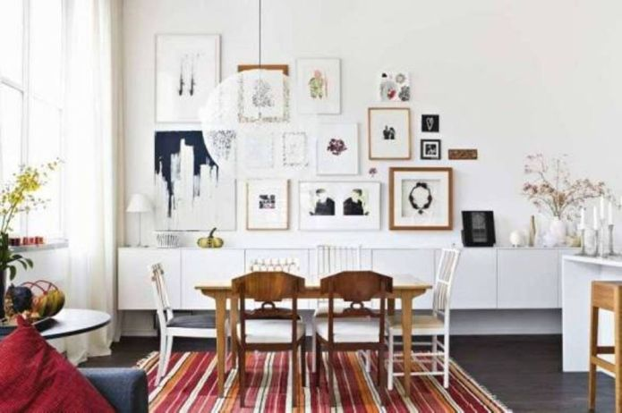 home-decorating-dining-room-scandinavian-style-with-wooden-dining-table-and-chairs-and-striped-rug-and-globe-pendant-lighting-and-wall-art