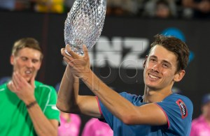 Alex de Minaur of Australia poses with his trophy after defeating Andreas Seppi of Italy in their men's singles final at the Sydney International tennis tournament at Sydney Olympic Park Tennis Centre in Sydney, Australia, 12 January 2019. EPA-EFE/CRAIG GOLDING AUSTRALIA AND NEW ZEALAND OUT