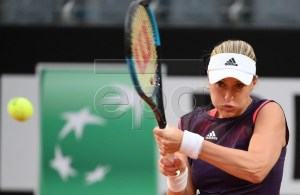 Kristina Mladenovic of France in action against Maria Sakkari of Greece during their women's singles quarter final match at the Italian Open tennis tournament in Rome, Italy, 17 May 2019. EPA-EFE/ETTORE FERRARI