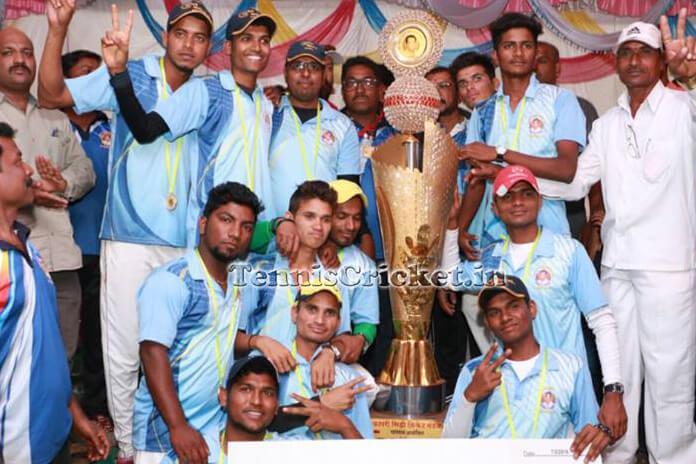 wadavli-b-team-won-late-nitin-waringe-smruti-chashak-2016