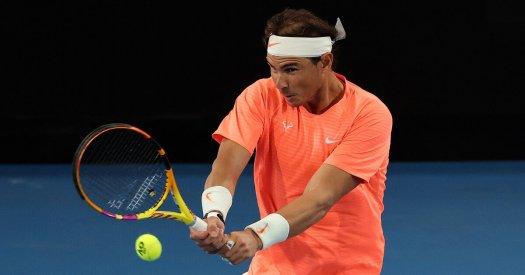 Nadal schlägt Dominic Thiem in Adelaide-Exhibition ...