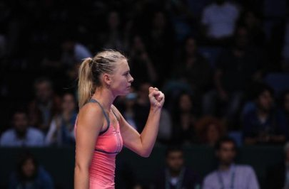 sharapova wtachamps 12