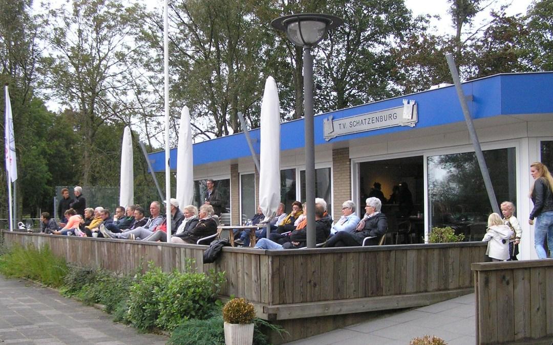 TV Schatzenburg door Tennisschool Lucardie