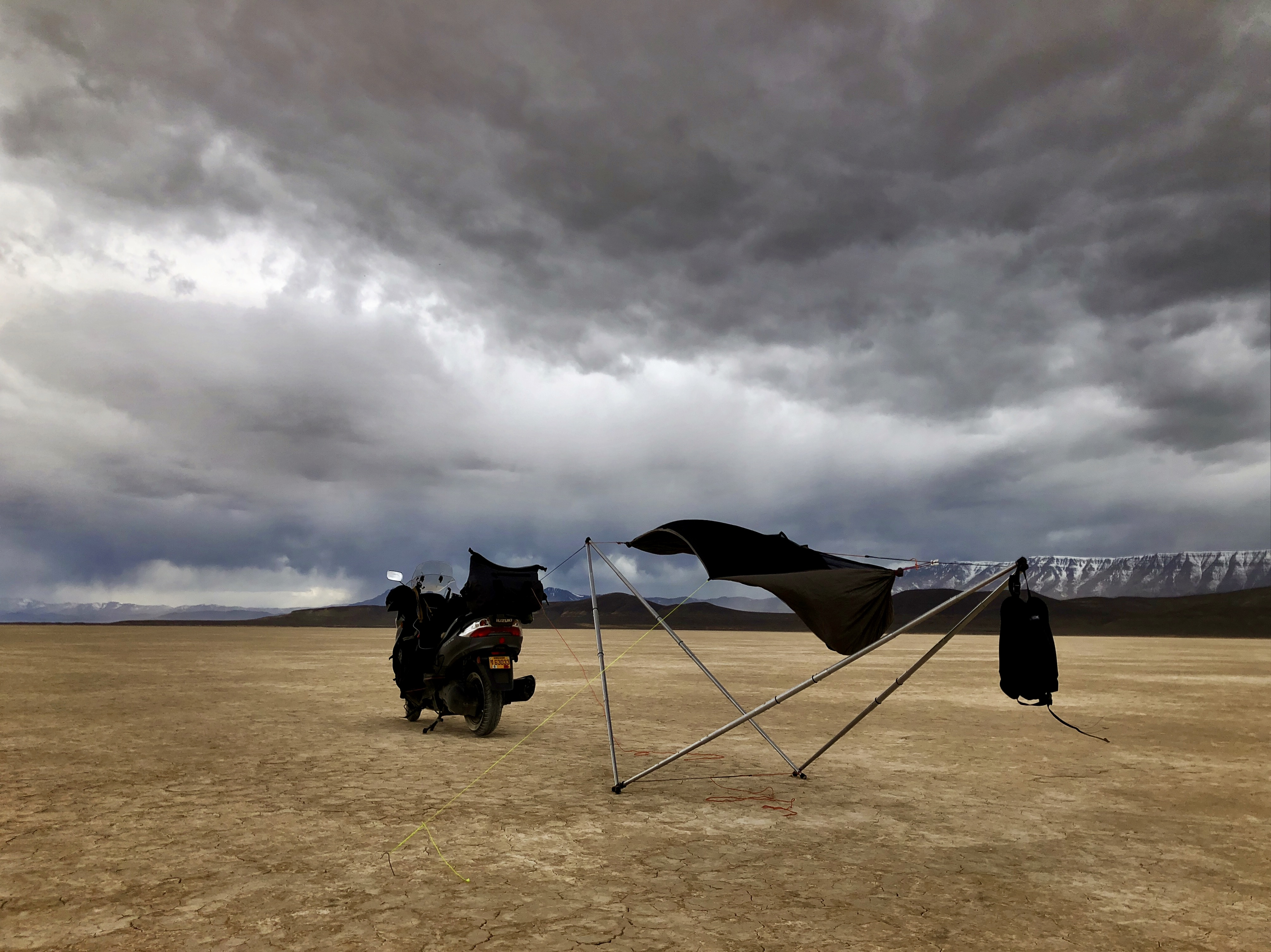 Trial setup on the Alvord Desert playa. Too windy and threat of lightning, mud.