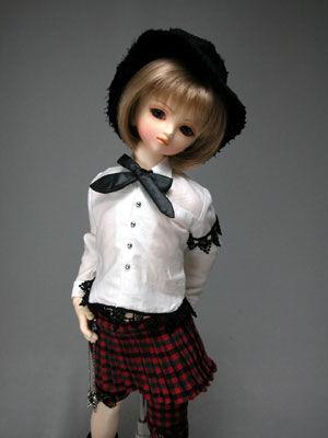 Yuni04
