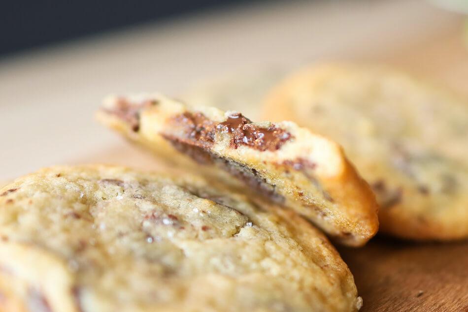 Les cookies et leur chocolat fondu