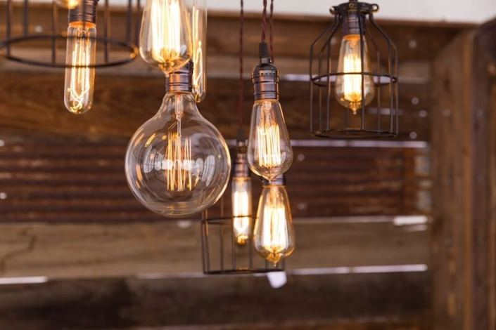 Edison Bulb Chandelier & Barnwood Decor Wall
