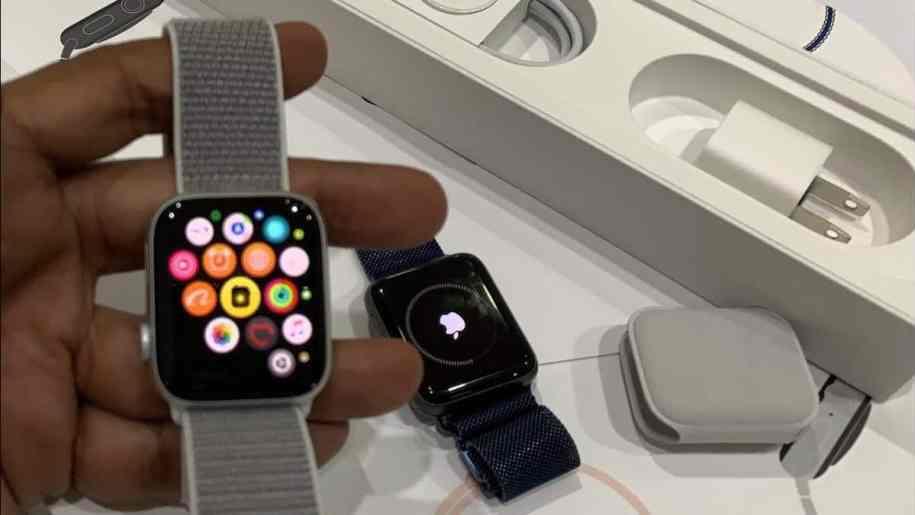 ساعة آبل Apple Watch