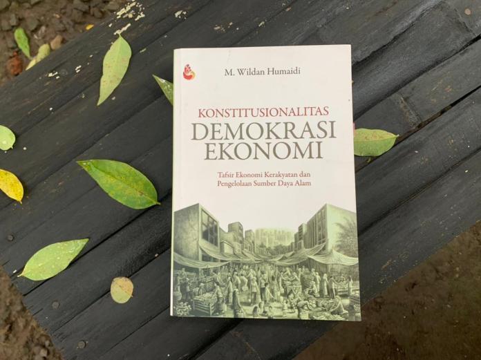 Buku Ekonomi Kerakyatan