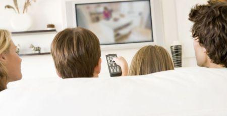 TV DİZİLERİ TOPLUMUN AİLESEL DEĞER YARGILARINI SARSABİLİR…