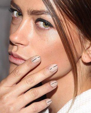 embedded_stripe-nail-polish-trend-spring-2014