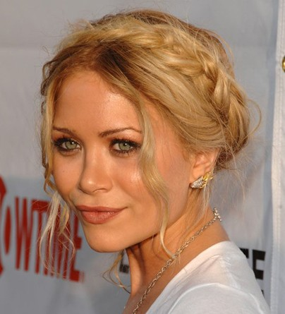 Stylish-Celebrity-Braided-Hairstyles11