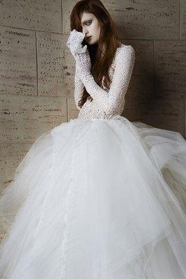 Vera_Wang_spring_2015_wedding_dresses__(6)