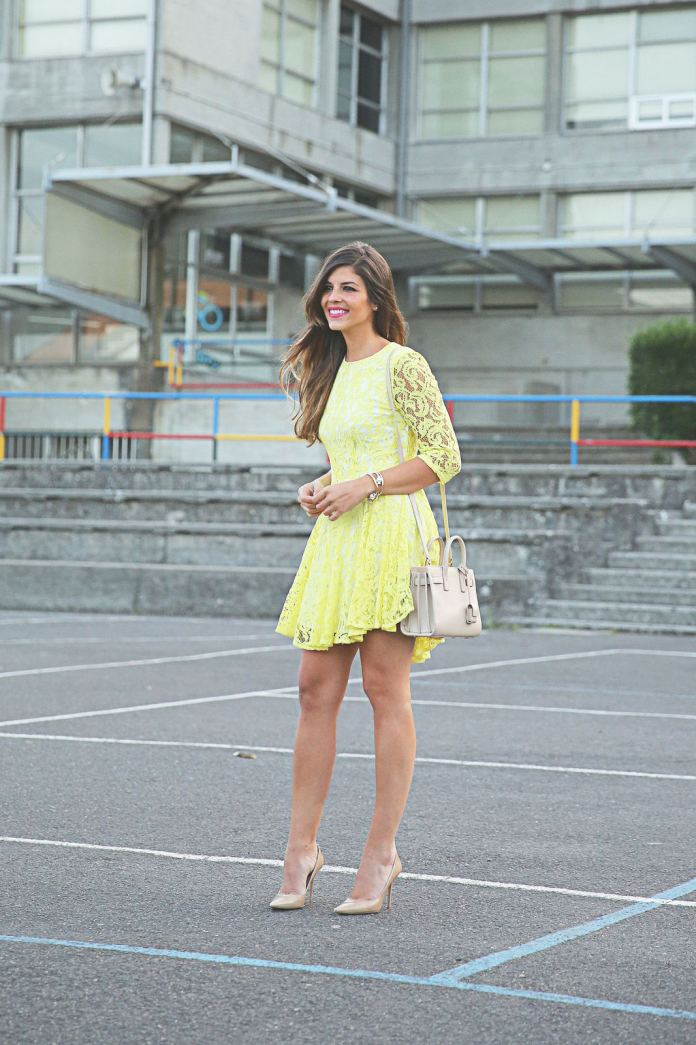 How-To-Wear-A-Lace-Dress-11