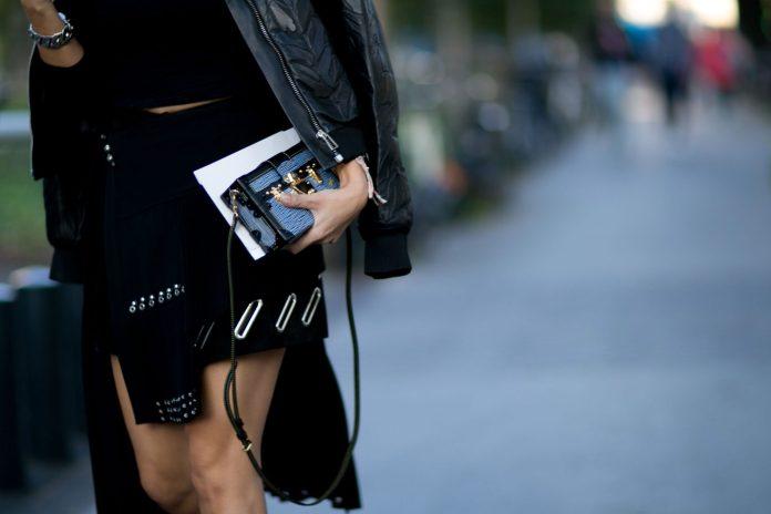 paris fashion week street style day 1 september 2015 the impression 044
