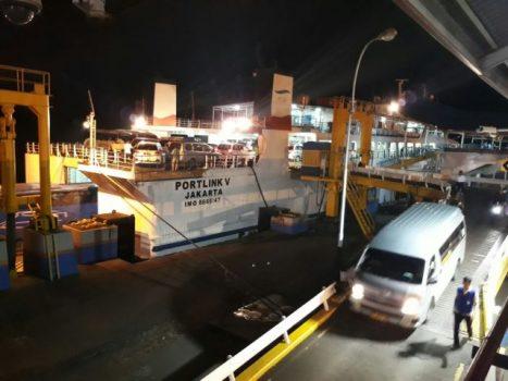 suasana arus balik di Pelabuhan Bakauheni pada H+4