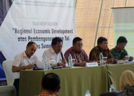 ocus Group Discussion (FGD) Regional Economic Development atas Pembangunan JTTS, di Novotel Bandar Lampung, Rabu (28/3/2018).
