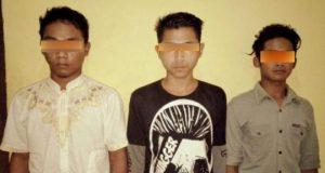 Tiga remaja pelaku curnamor, Andra Setiawan (23), Rudi Haryono (22) dan MNC (18), ketiganya warga Mekar Jaya, Kecamatan Gunung Agung, Tulangbawang Barat yang ditangkap petugas Unit Reskrim Polsek Gunung Agung, Tulangbawang Barat.