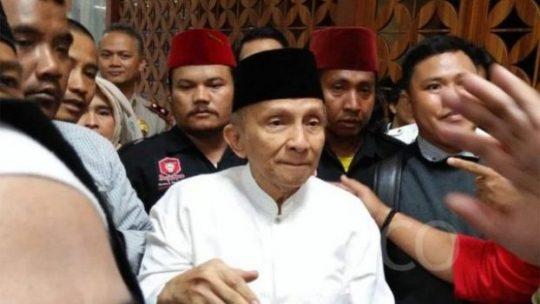 Ketua Dewan Kehormatan PAN Amien Rais tiba di gedung Nusantara V MPR, Senayan, Jakarta pada Senin, 29 Oktober 2018. TEMPO/Budiarti Utami Putri.