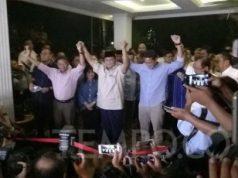 Pasangan calon presiden nomor urut 02, Prabowo Subianto dan Sandiaga Uno seusai memberikan pidato terkait sidang putusan sengketa pilpres MK. TEMPO/Irsyan Hasyim