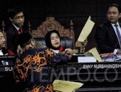 Mengubah-ubah Keterangan, Saksi Kubu Jokowi Ditegur Hakim MK