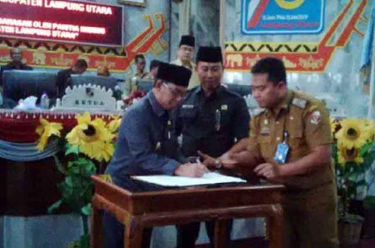 Penandatanganan nota kesepakatan bersama RPJMD Lampung Utara 2019-2024