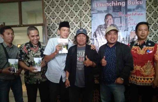 Peluncuran buku karya Muchlas Bastari.