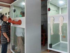 Bilik Swab untuk memeriksa pasien terduga terinfeksi virus corona atau COVID-19 yang dikembangkan oleh Dosen Fakultas Pertanian Universitas Gadjah Mada (UGM) Yogyakarta Jaka Widada. Kredit: Istimewa