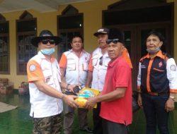 Orari Bandarlampung Serahkan Bantuan untuk Korban Banjir di Telukbetung Timur