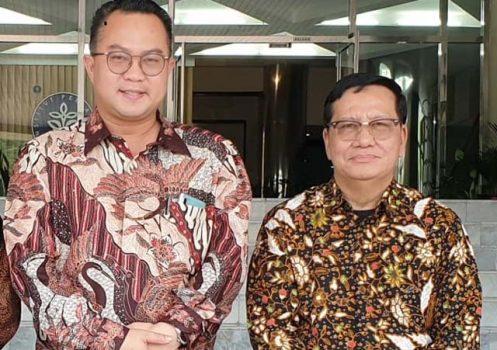 Ketua Forum Rektor Indonesi (FRI) Prof. Dr. Arif Satria (kiri) dan Wakil Ketua FRI Dr. H.M Nasrullah Yusuf, SE, MBA (kanan). Foto: Istimewa