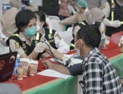 Polda Lampung dan Unila Sukseskan Gerakan Sejuta Vaksinasi Massal