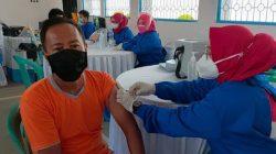 Ratusan Warga Binaan Lapas Kotaagung Jalani Vaksinasi Covid-19