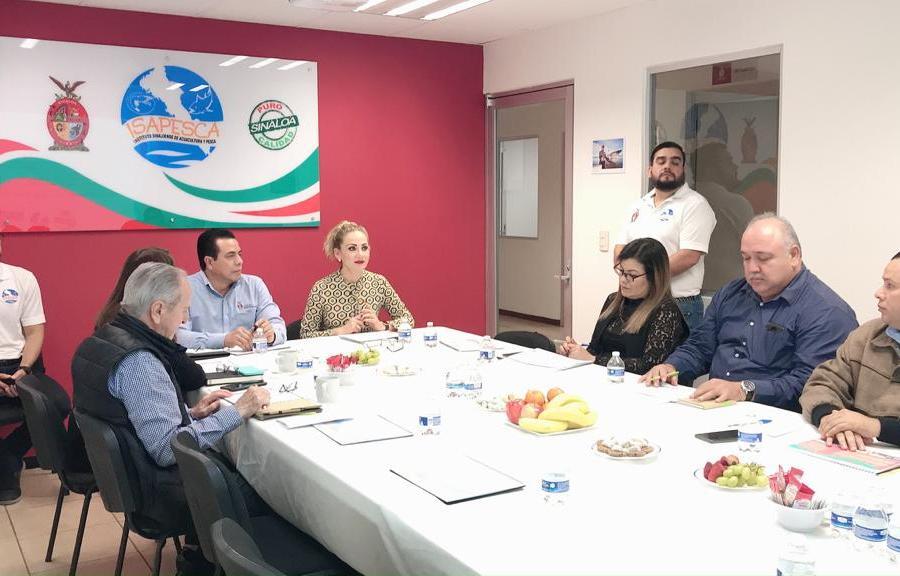 Presentan informe de labores ante el consejo consultivo de Isapesca