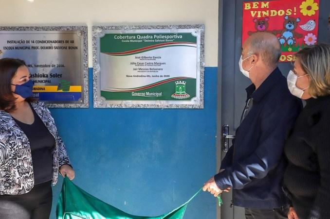 Nova Andradina: Prefeitura inaugura cobertura de 2 quadras esportivas em escolas rurais
