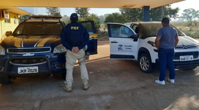 PRF e Conselho Tutelar prendem suspeito de estupro de vulnerável em Água Clara