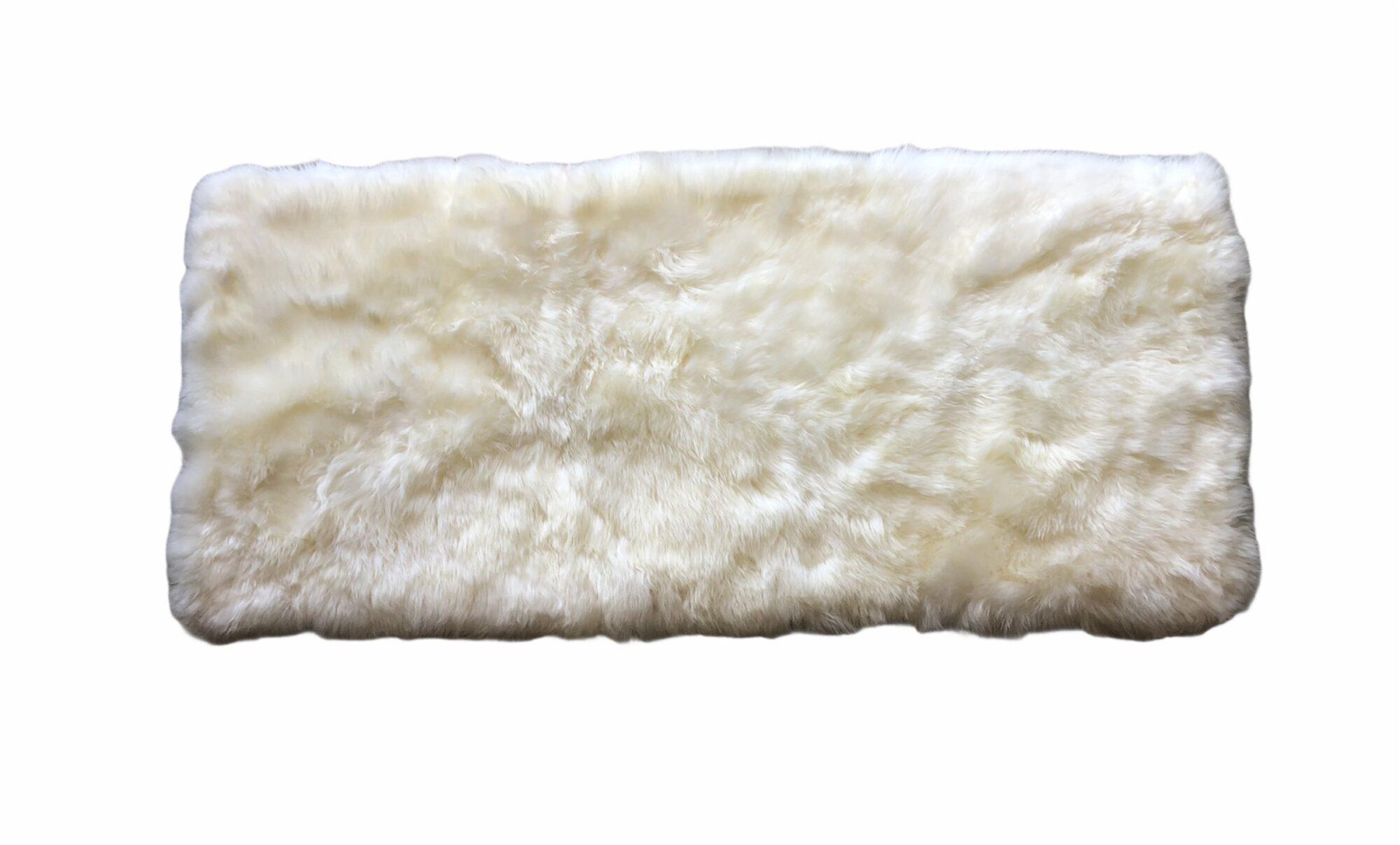 tapis peau de mouton blanc rectangulaire