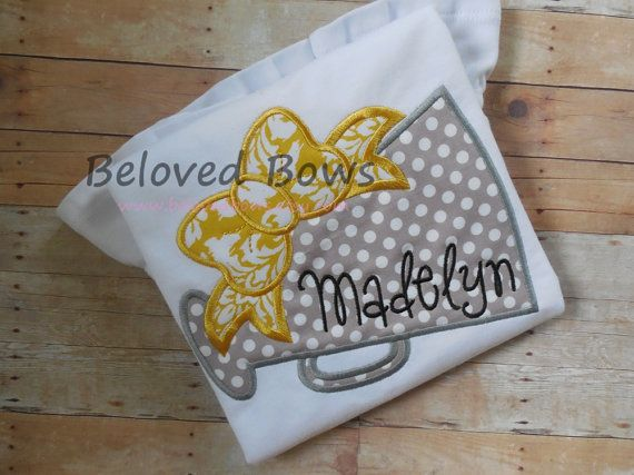 via Beloved Bows {added to my cheerleading pinterest board}