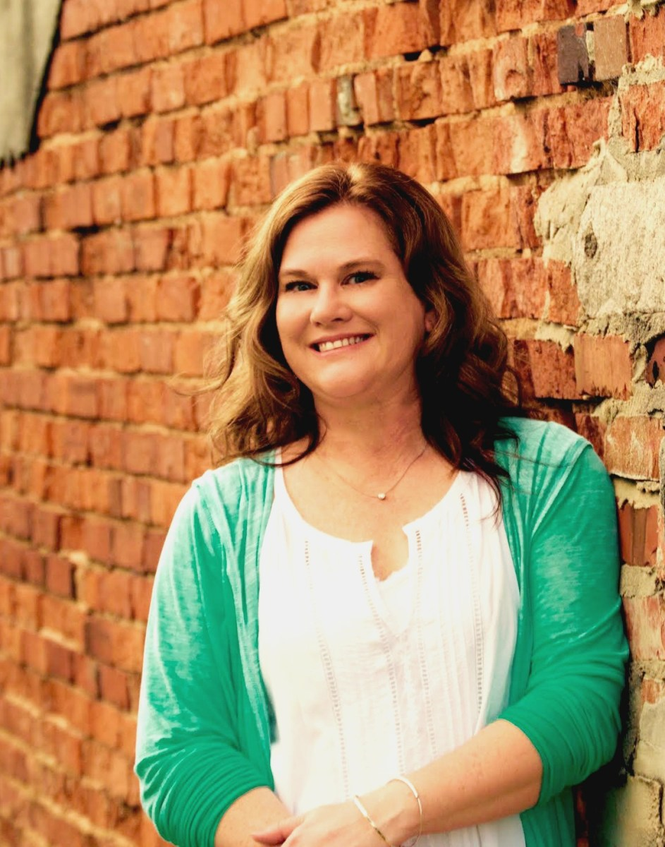 Teri Lynne Underwood || encourager of busy women and girl moms || www.terilynneunderwood.com || author of Praying for Girls: Asking God for the Things They Need Most (Bethany House, July 2017)