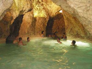 Lázně v jeskyni Miskolctapolca
