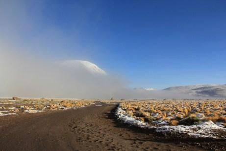 As estradas que levam aos Gêiseres cruzam altitudes superiores a 4.300 metros